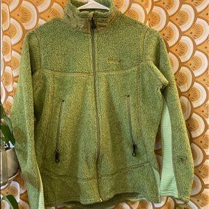 Green women's Patagonia fleece zip up jacket